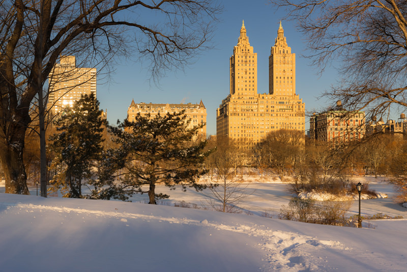 bigstock-Winter-Sunrise-On-Central-Park-118768907